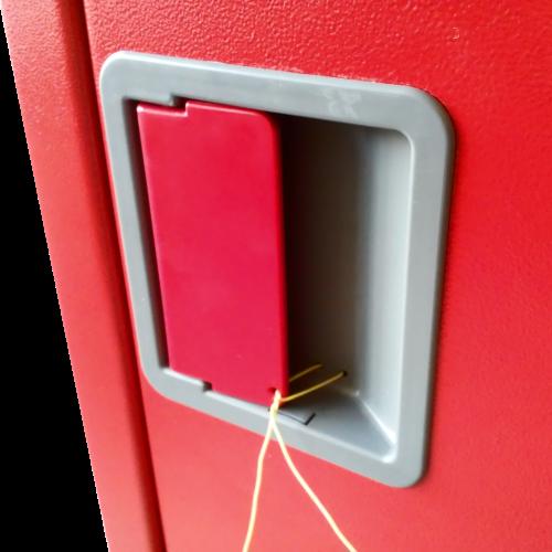 Ручка пожарного шкафа огнетушителя - внешний вид